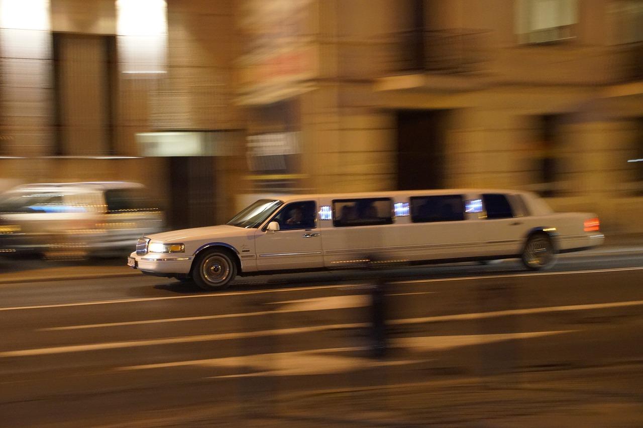 רכב לבן